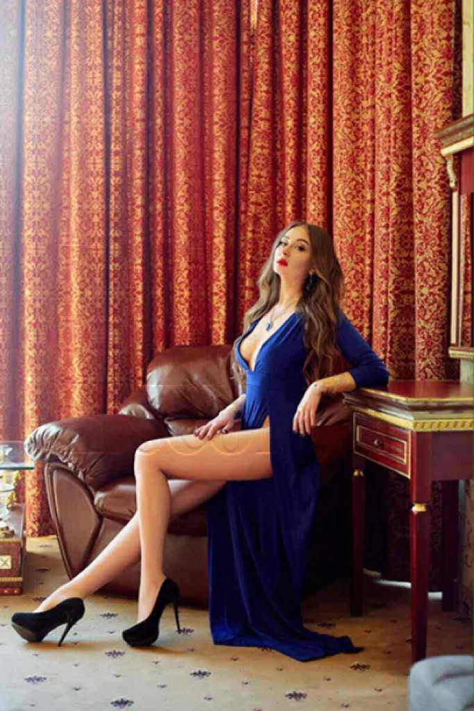 Escort Alina - beautiful girls from Milan